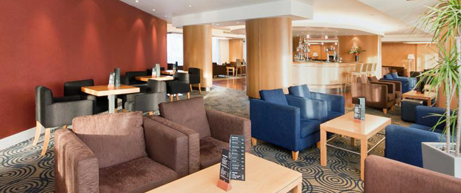 Ramada Docklands Bar Seating