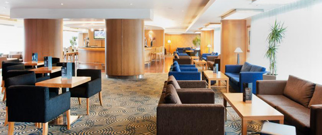 Ramada Docklands Lounge