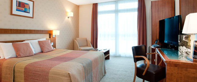 Ramada Docklands Room