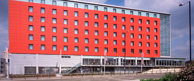 Ramada Encore Exterior shot