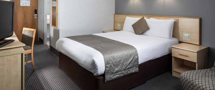 Ramada London Finchley - Family Room
