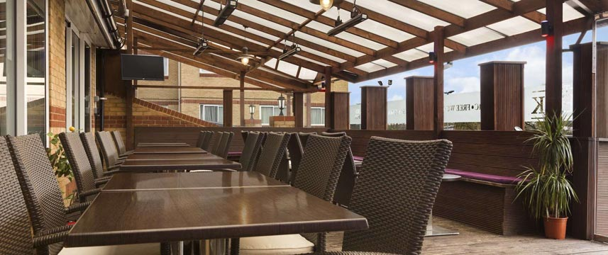 Ramada London Finchley - The Deck Restaurant