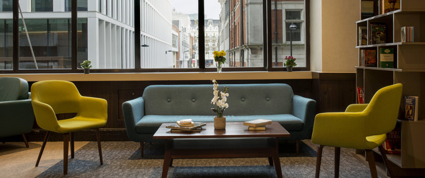 St Giles London - Classic Hotel Lobby Seating