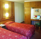 St Giles London - Twin room