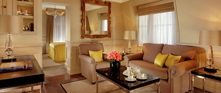 St James Hotel and Club Westminster Suite Lounge
