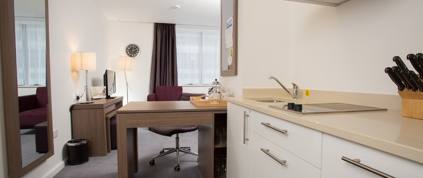 Staybridge Bham Desk