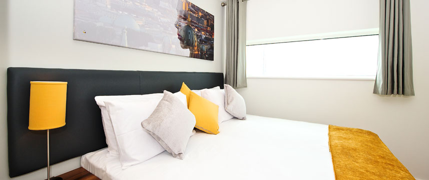 Staycity Serviced Apartments London Heathrow - Double bed