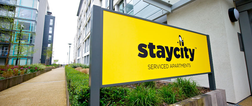 Staycity Serviced Apartments London Heathrow - Exterior
