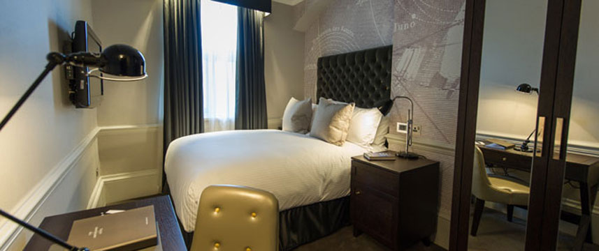 The Ampersand Hotel - Bed Room
