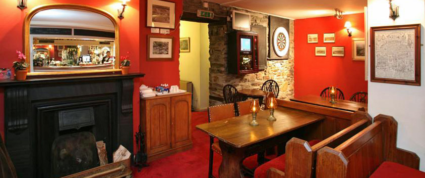 The Arundell Arms - Bar Area