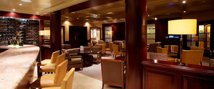 The Chester Grosvenor And Spa - Hotel Bar Area