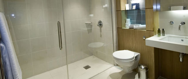 The Continental - Ensuite