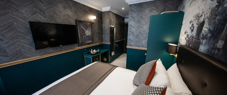 The Portico Hotel Deluxe Double Bedded Room
