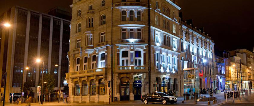 The Royal Hotel Cardiff - Exterior Evening