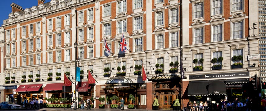 Hotel   Buckingham Palace Road London Email