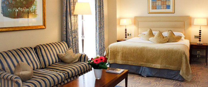 The Westbury Hotel - Superior Queen seating