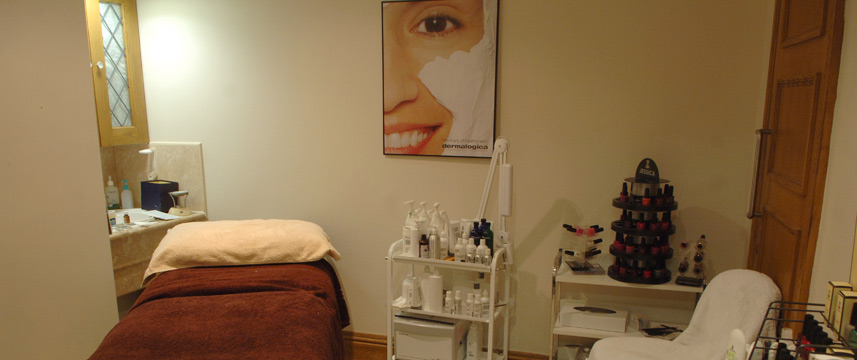 Thistle Brands Hatch - Treatment Room