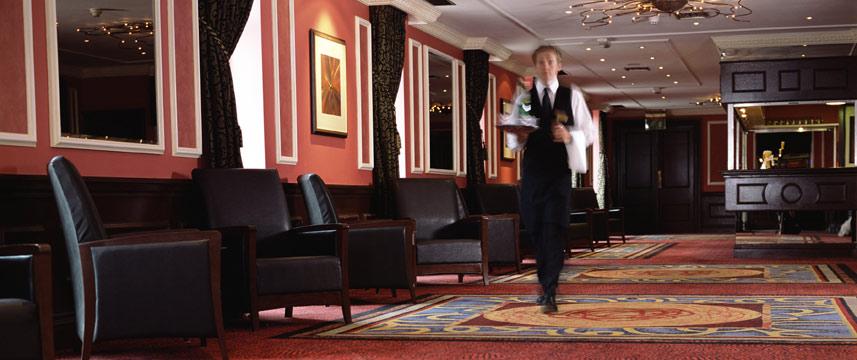 Thistle London Heathrow Lobby