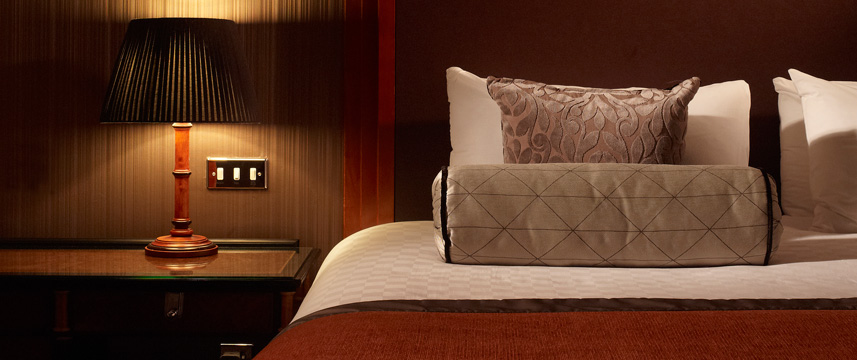 Thistle Marble Arch - Deluxe Bed