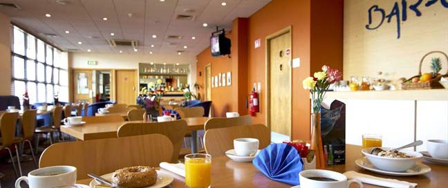 Travelodge Galway City - Dining Area