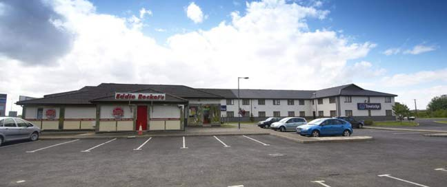Travelodge Limerick - Outside