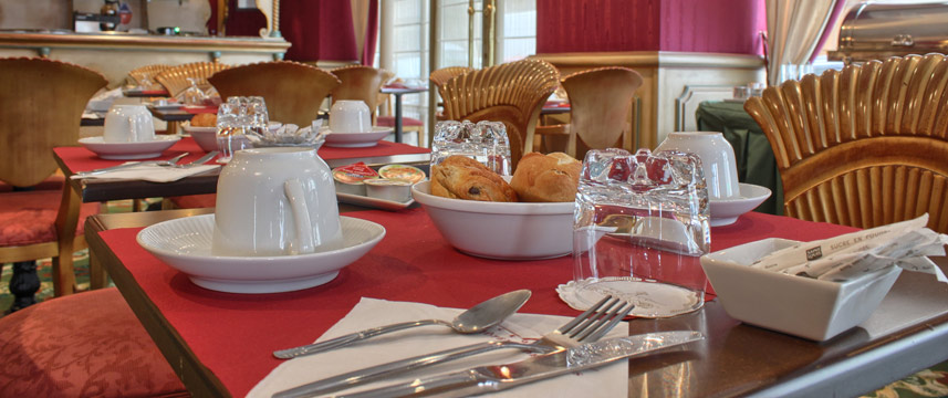 Villa Eugenie - Breakfast