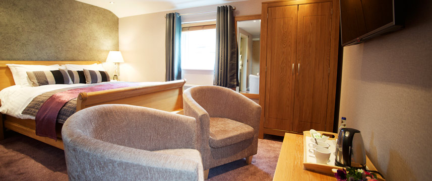 Waterside Hotel and Leisure Club - Deluxe King Suite