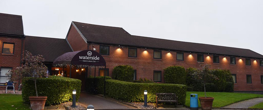 Waterside Hotel and Leisure Club - Entrance