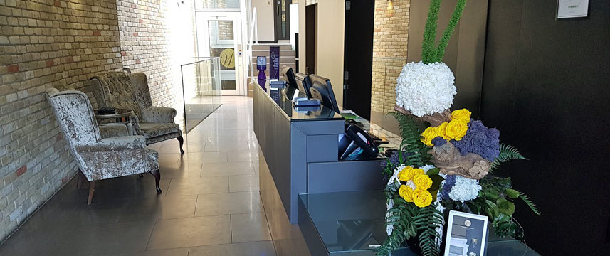 Westbridge Hotel Reception