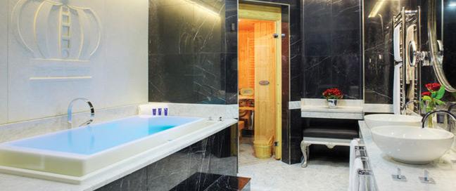 Wyndham London - Bathroom