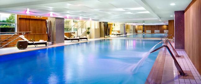 Wyndham London - Swimming Pool