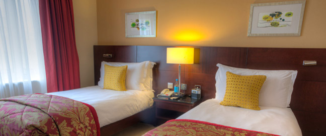 Wyndham London - Twin Beds