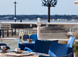 RADISSON BLU WATERFRONT HOTEL JERSEY, St Helier | up to 45% off with Hotel Direct
