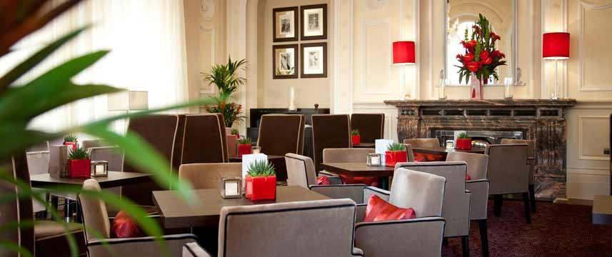 Amba Hotel Charing Cross - The Lounge