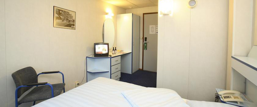 Amstel Botel - Double Room