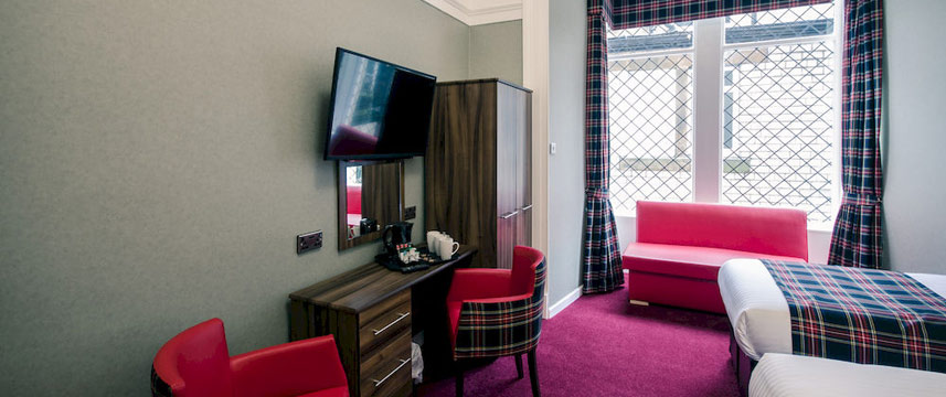 Argyll Western Hotel - Quad Room Seating