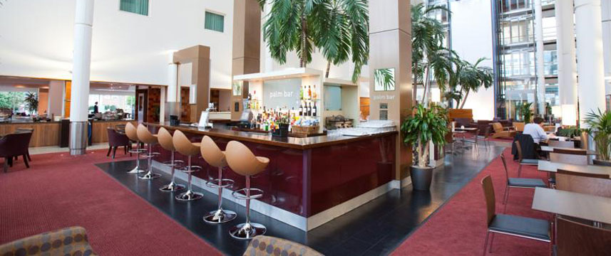 Arora International Gatwick - Bar