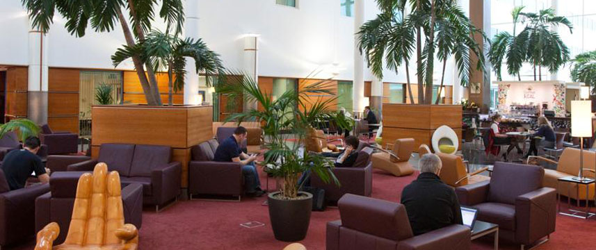 Arora International Gatwick - Lounge
