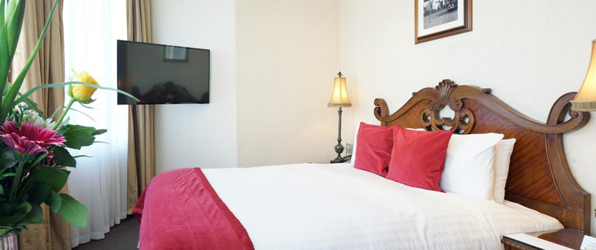 Ashburn Hotel - Deluxe Double Room
