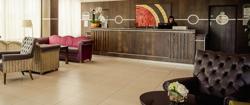 Aspect Hotel Park West - Reception Area