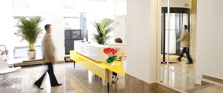 Astoria Astotel Reception Desk
