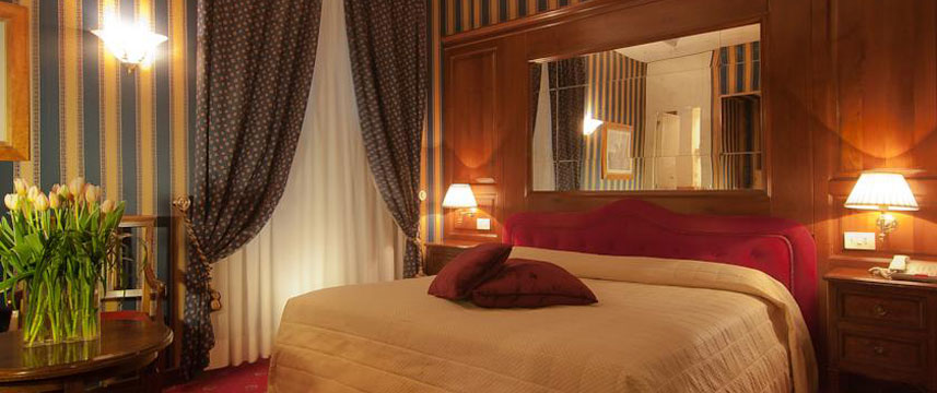 Atlante Star Hotel - Double Bed Bedroom