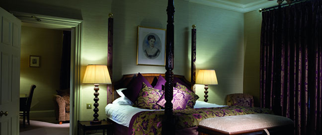 Audleys Wood Hotel - Four Poster