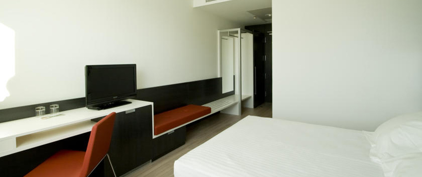 Axor Feria - Bedroom Facilities
