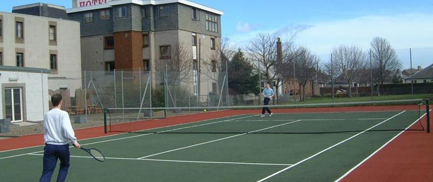 Best Western Kings Manor  Hotel Tennis Court