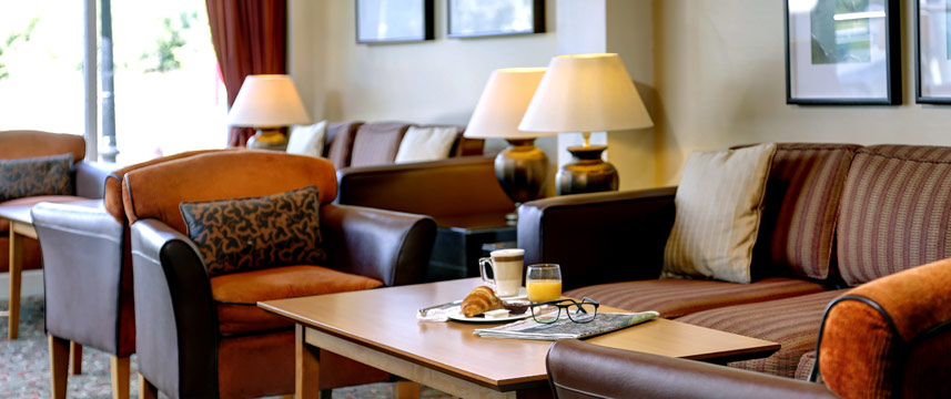 Best Western Plus Milford Hotel - Lounge Seating