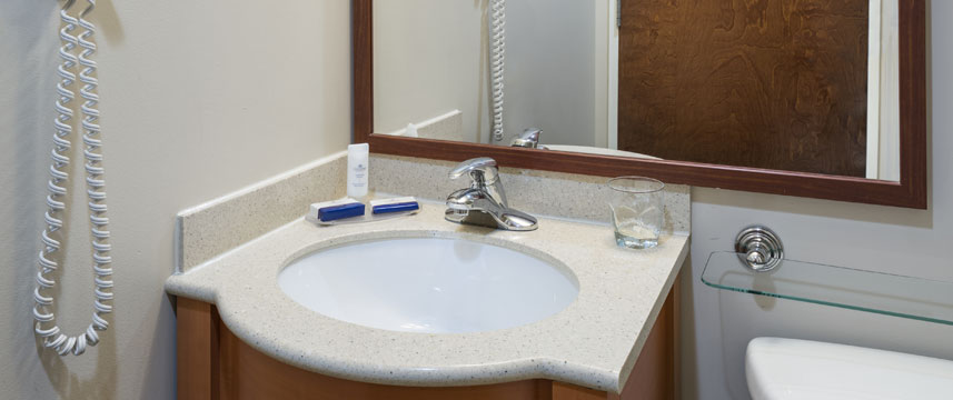 Candlewood Suites NYC Times Square - Bathroom