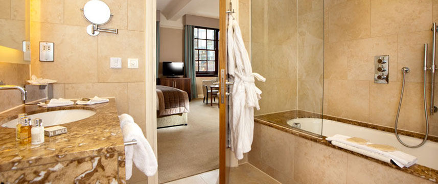 Cedar Court Grand Hotel Classic Double Bathroom