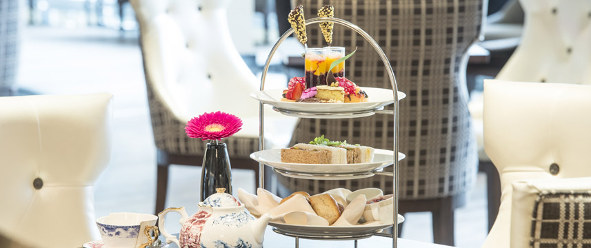 Chelsea Harbour Hotel - Afternoon Tea