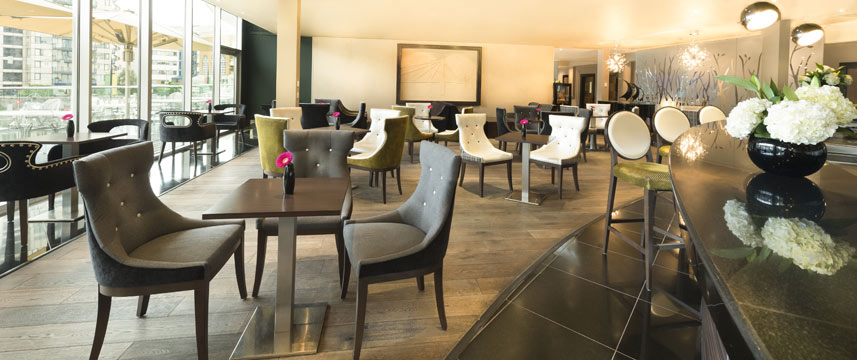 Chelsea Harbour Hotel - Bar Seating